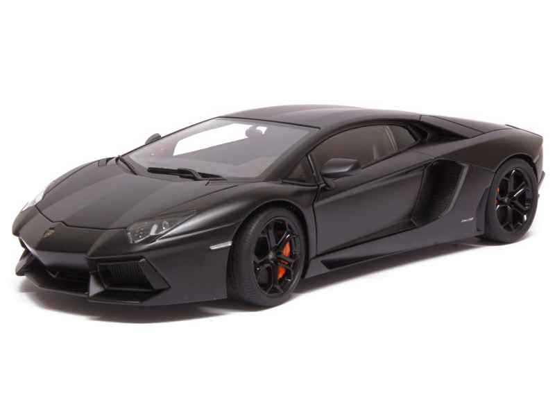 lamborghini aventador lp 700 4 2012 autoart 1 18 autos miniatures tacot. Black Bedroom Furniture Sets. Home Design Ideas