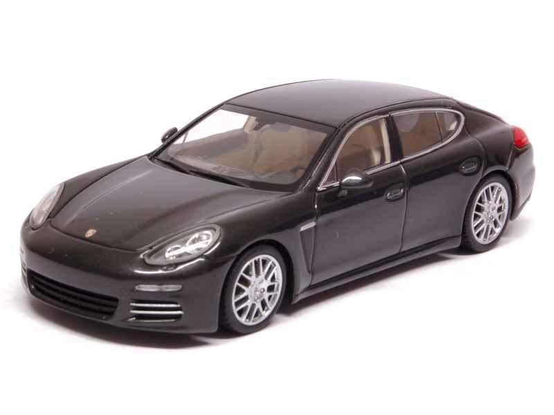 Minichamps - Porsche Panamera 4S 2013 - 1  43  édition limitée