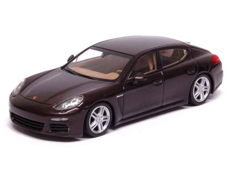 porsche panamera 2013 minichamps 1 43 autos miniatures tacot. Black Bedroom Furniture Sets. Home Design Ideas