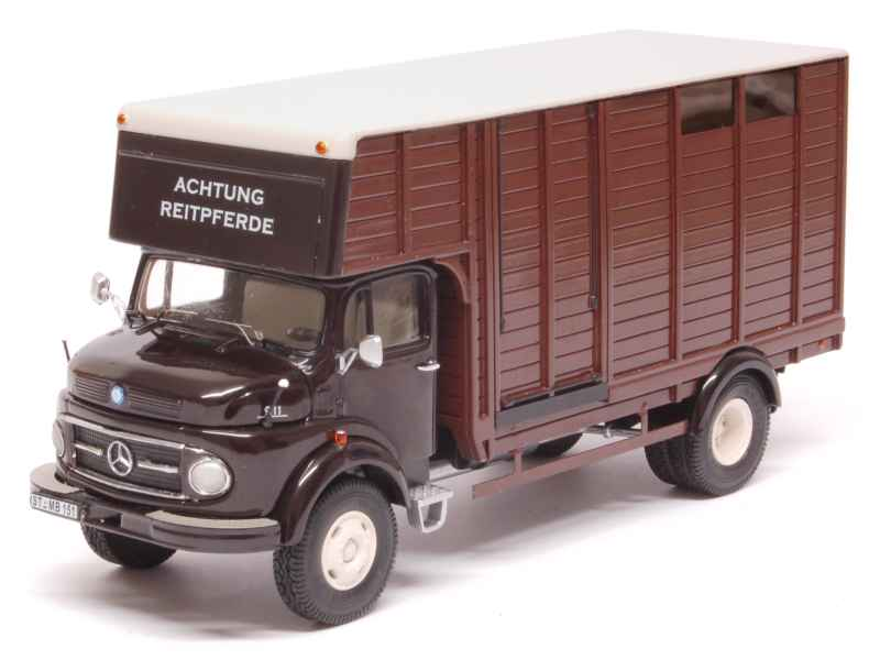 Premium  classixxs-mercedes l911 transport of horses - 1 43  70% de réduction