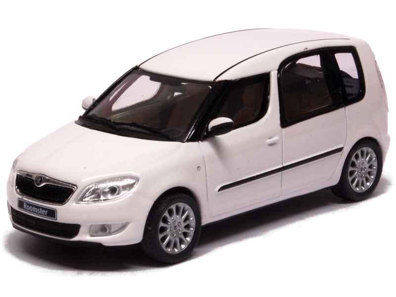 skoda roomster 2010 abrex 1 43 autos miniatures tacot. Black Bedroom Furniture Sets. Home Design Ideas