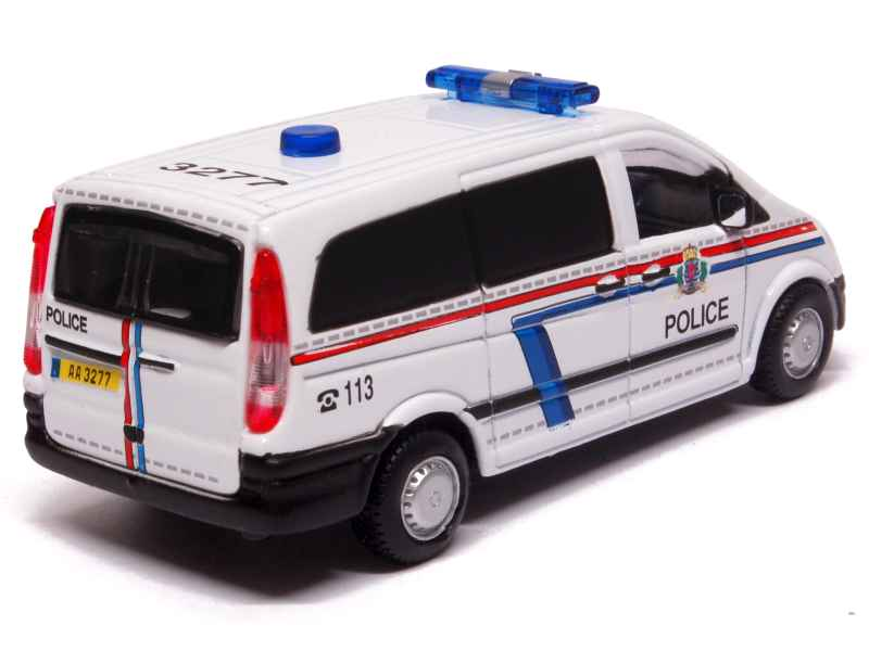 mercedes vito police luxembourg burago 1 50 autos miniatures tacot. Black Bedroom Furniture Sets. Home Design Ideas