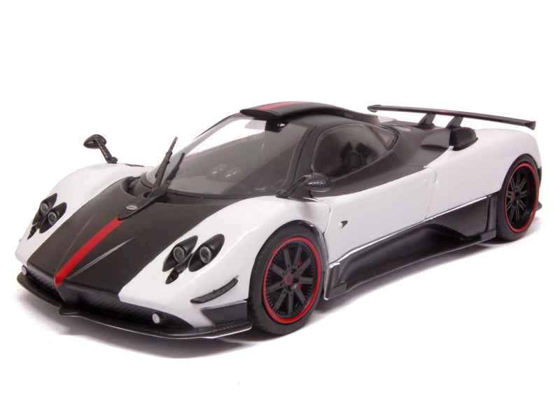 pagani zonda cinque 2008 motor max 1 18 autos miniatures tacot. Black Bedroom Furniture Sets. Home Design Ideas