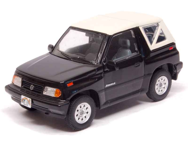 suzuki vitara sidekick cabriolet 1992 premium x 1 43 autos miniatures tacot. Black Bedroom Furniture Sets. Home Design Ideas