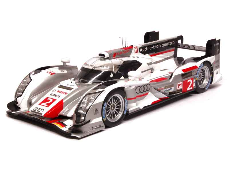 audi r18 e tron quattro le mans 2013 spark model 1 18 autos miniatures tacot. Black Bedroom Furniture Sets. Home Design Ideas