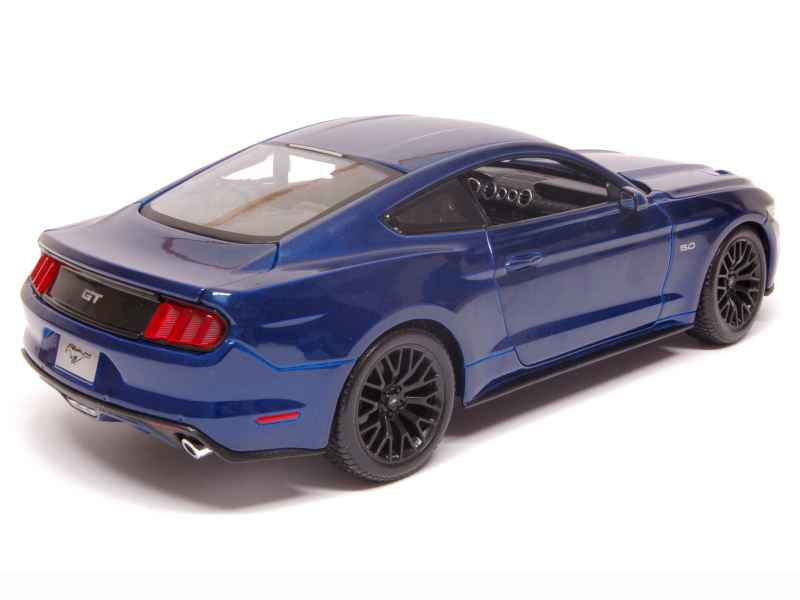 Ford - Mustang GT 2015 - Maisto - 1/18 - Autos Miniatures ...