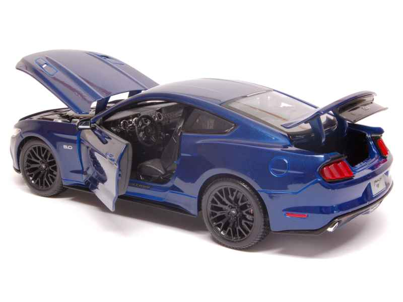 ford mustang gt 2015 maisto 1 18 autos miniatures tacot. Black Bedroom Furniture Sets. Home Design Ideas