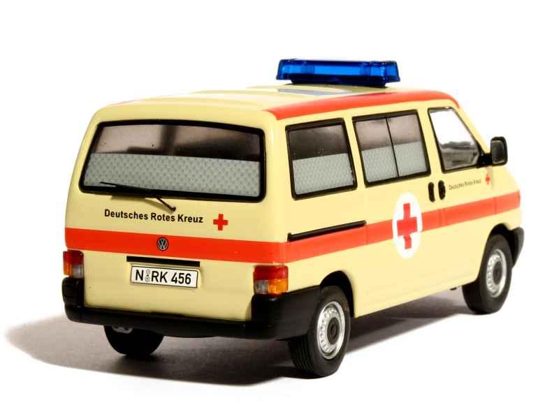 volkswagen combi t4 ambulance 1990 premium classixxs 1 43 autos miniatures tacot. Black Bedroom Furniture Sets. Home Design Ideas