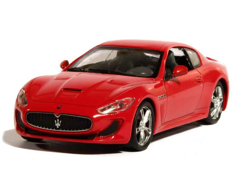 maserati granturismo mc gt4 2010 whitebox 1 43. Black Bedroom Furniture Sets. Home Design Ideas
