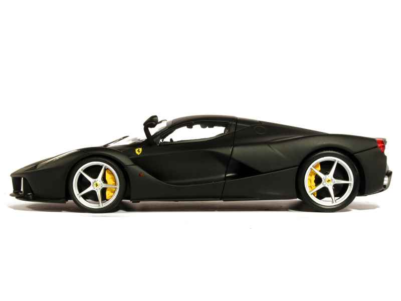laferrari prix. Black Bedroom Furniture Sets. Home Design Ideas