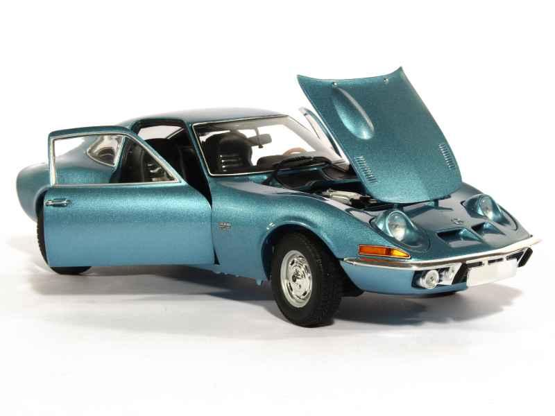 opel gt 1900 1972 minichamps 1 18 autos miniatures tacot. Black Bedroom Furniture Sets. Home Design Ideas
