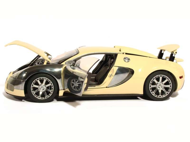 bugatti veyron centenaire 2009 autoart 1 18 autos miniatures tacot. Black Bedroom Furniture Sets. Home Design Ideas