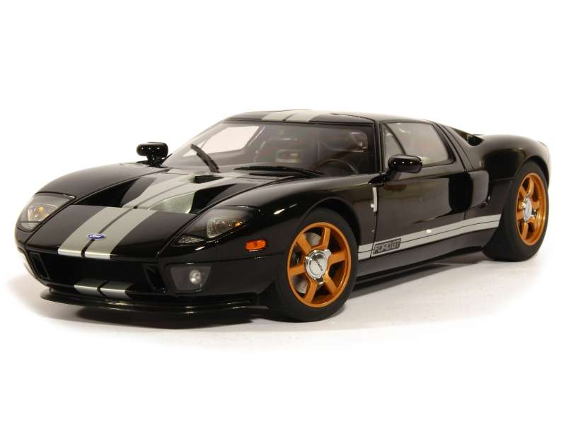80675 Ford GT40 2004