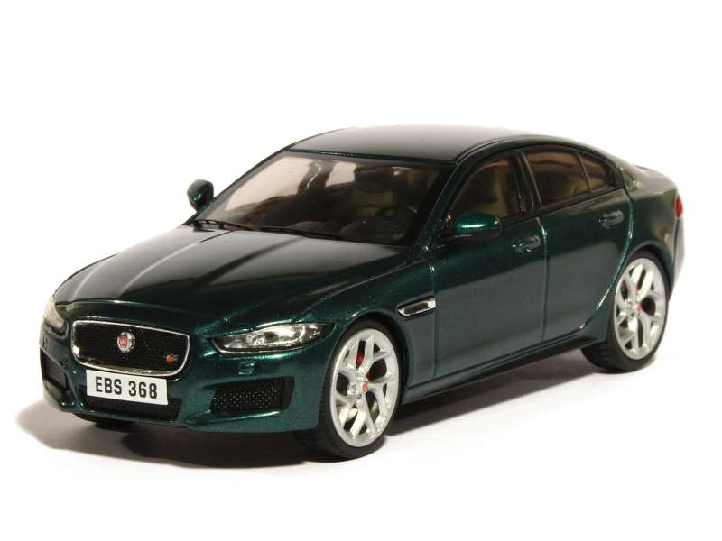 Jaguar - XE S 2015 - Premium X - 1/43 - Autos Miniatures Tacot: www.tacot.com/listings/jaguar-xe-s-2015-green-metal-premium-x-80699-0