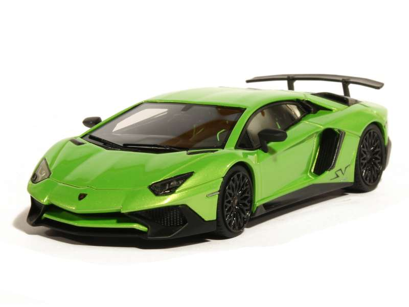 lamborghini aventador lp 750 4 sv 2015 looksmart 1 43 autos miniatures tacot. Black Bedroom Furniture Sets. Home Design Ideas
