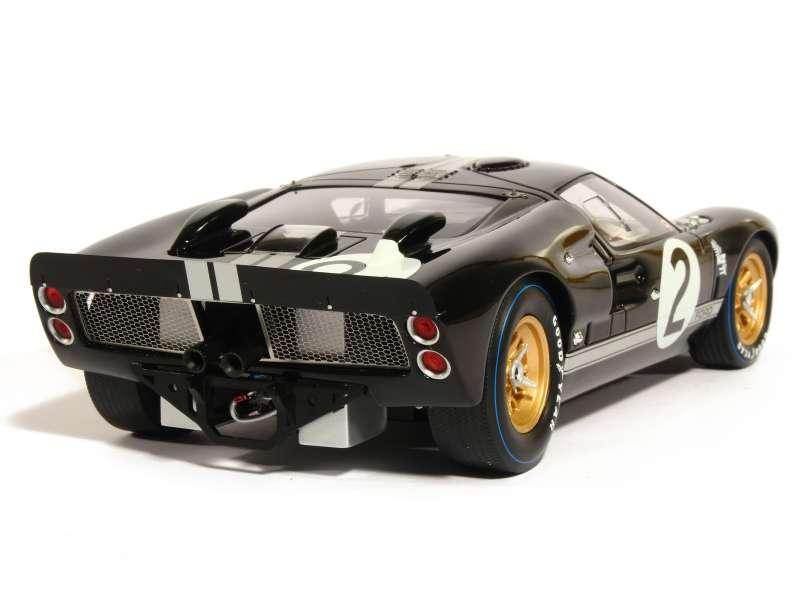 Ford Gt 40 Mkii Le Mans 1966 Spark Model 1 18