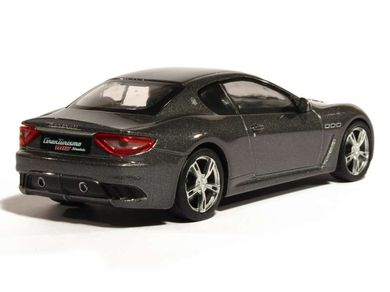maserati granturismo mc stradale 2013 whitebox 1 43. Black Bedroom Furniture Sets. Home Design Ideas
