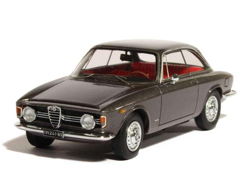 Alfa Romeo Giulia Sprint Gt Veloce 1 6 1966 Kess 1