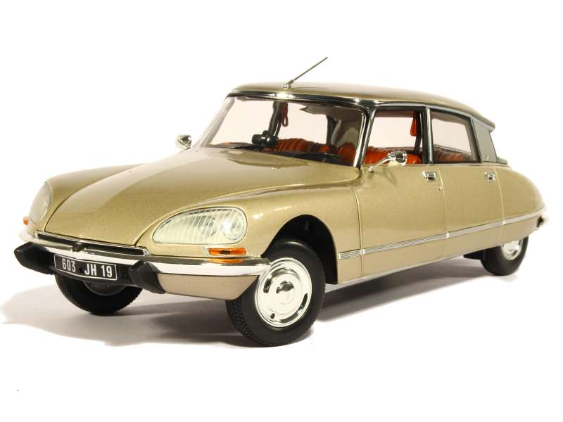 82046 Citroën DS 23 Pallas 1973