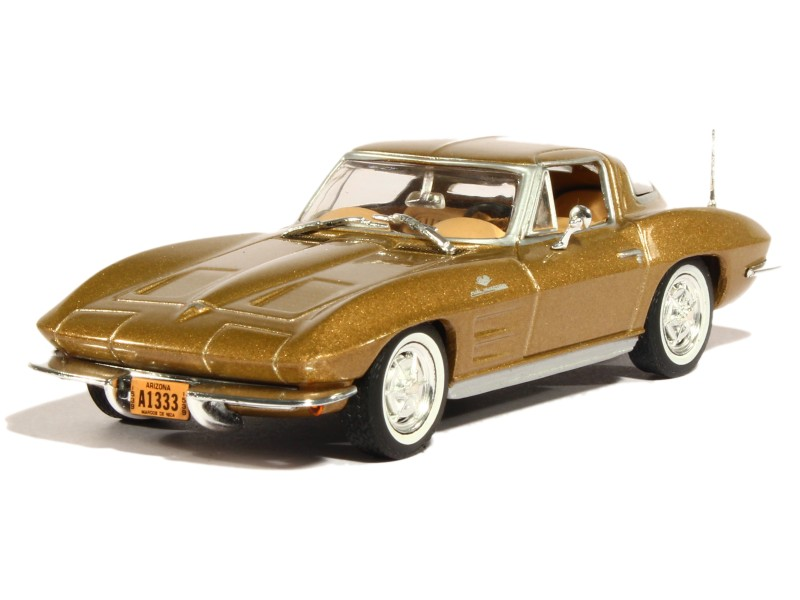 82132 Chevrolet Corvette C2 Stingray 1963