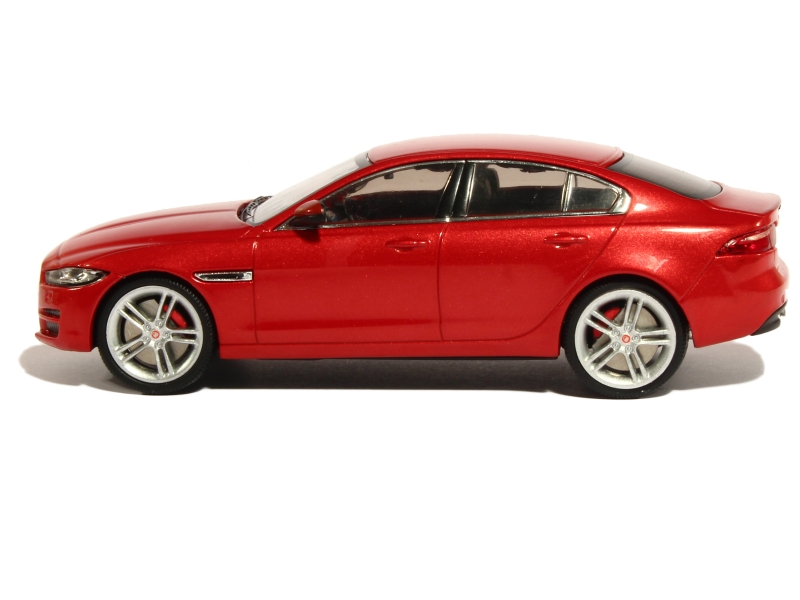 jaguar xe 2015 premium x 1 43 autos miniatures tacot. Black Bedroom Furniture Sets. Home Design Ideas