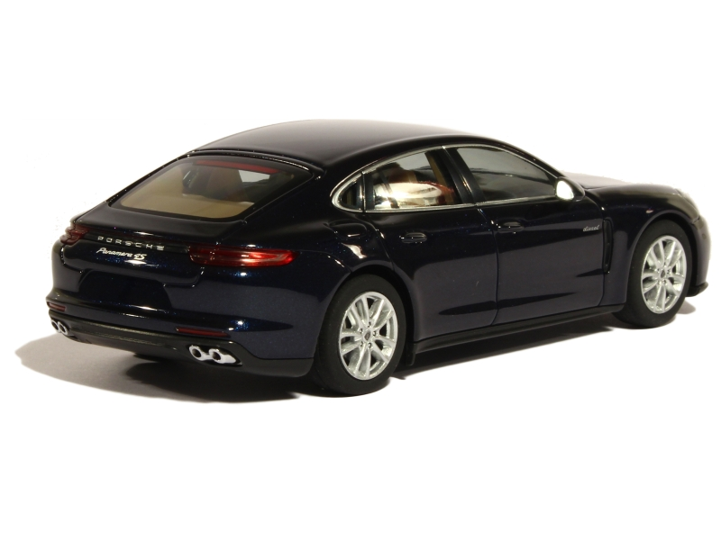 porsche new panamera 4s diesel 2016 herpa 1 43e 1 43 autos miniatures tacot. Black Bedroom Furniture Sets. Home Design Ideas