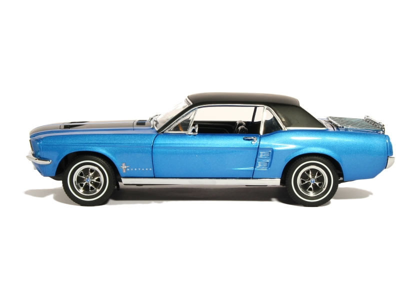 B on 1967 Ford Mustang Ski Country Special