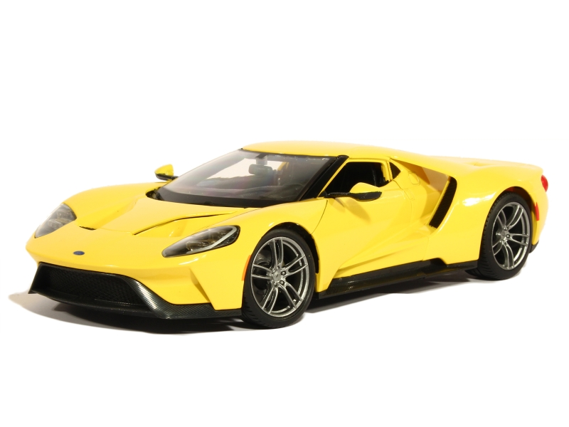 84223 Ford GT 2017