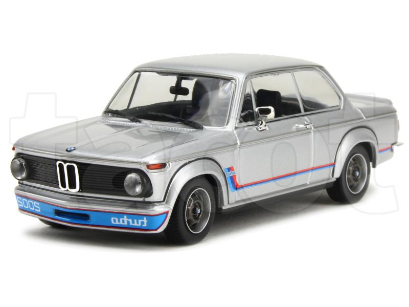 bmw 2002 turbo e20 1973 maxichamps 1 43 autos miniatures tacot. Black Bedroom Furniture Sets. Home Design Ideas