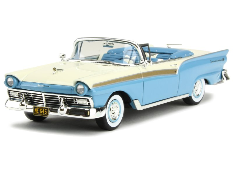 84437 Ford Fairlane 500 Cabriolet 1957