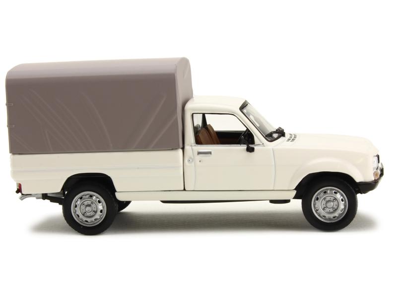 peugeot 504 pick up dangel b ch 1985 norev 1 43 autos miniatures tacot. Black Bedroom Furniture Sets. Home Design Ideas