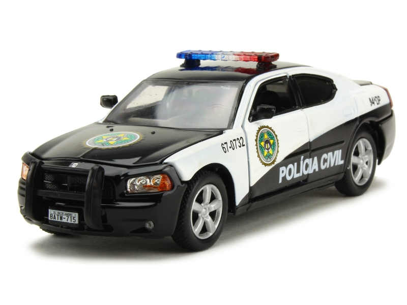 dodge charger sao paulo police 2011 greenlight 1 43. Black Bedroom Furniture Sets. Home Design Ideas
