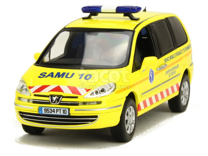 peugeot 807 ambulance samu 2013 norev 1 43 autos. Black Bedroom Furniture Sets. Home Design Ideas