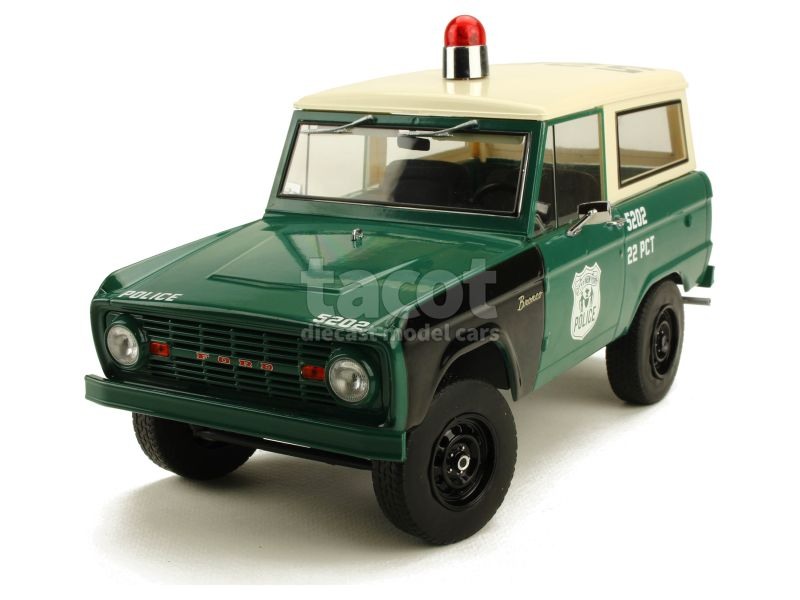 88882 Ford Bronco Police Poursuit 1967