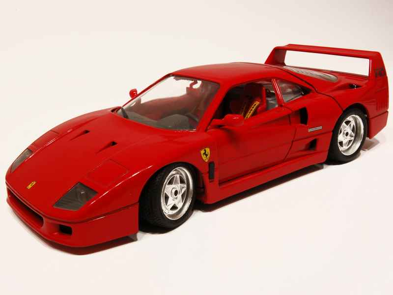 ferrari f40 1987 bburago italie 1 18 autos miniatures tacot. Black Bedroom Furniture Sets. Home Design Ideas