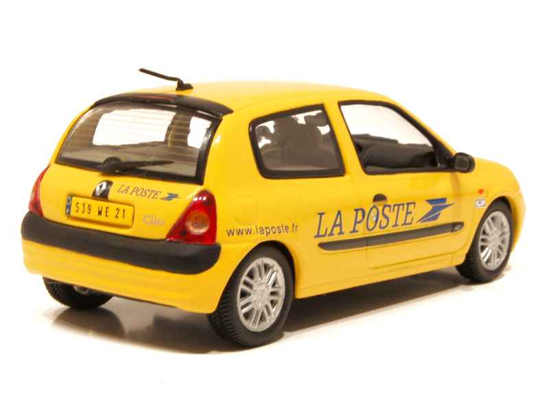 renault clio ii 3 doors poste 2004 universal hobbies 1 43 autos miniatures tacot. Black Bedroom Furniture Sets. Home Design Ideas