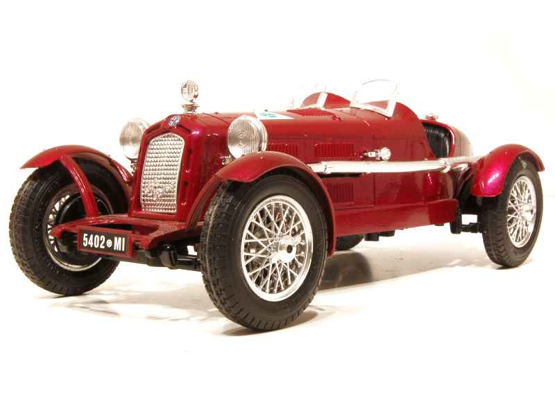 alfa romeo 8c 2300 monza 1931 bburago italie 1 18 autos miniatures tacot. Black Bedroom Furniture Sets. Home Design Ideas