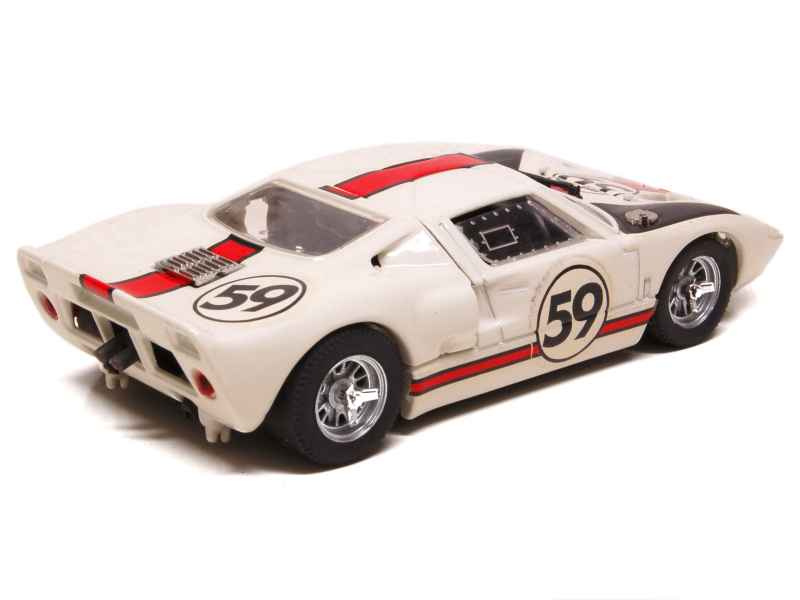 ford gt 40 le mans 1966 box 1 43 autos miniatures. Black Bedroom Furniture Sets. Home Design Ideas