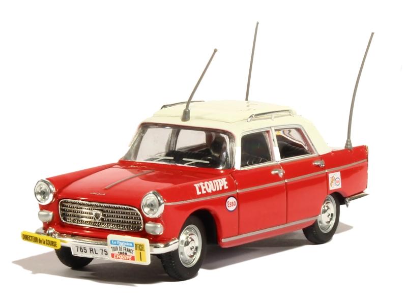 voiture miniature tour de france 1 43 1 18 autos. Black Bedroom Furniture Sets. Home Design Ideas